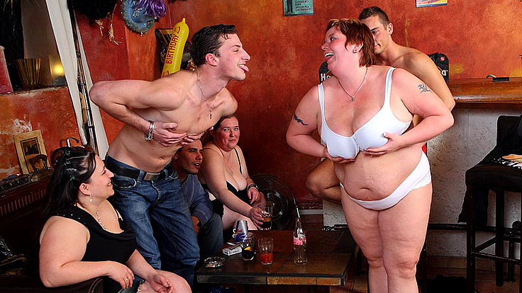 Huge Female Lovemaking With Excellent Oral Act